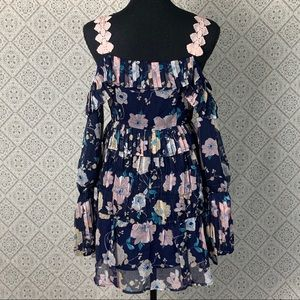 Foxiedox Brylee Floral Cold Shoulder MiniDress NWT